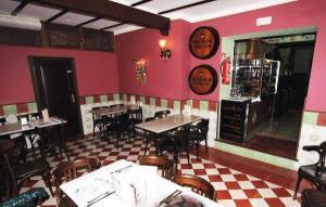 Bar El Estrecho, inside